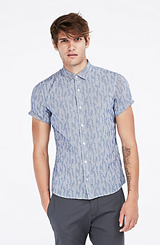 Short-Sleeve Geo Jaquard Shirt