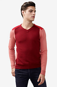 Tonal Jersey Stitch V-Neck