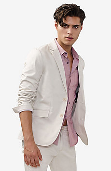 Clean Single-Breasted Blazer