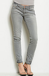J22 - Washed Grey Jegging