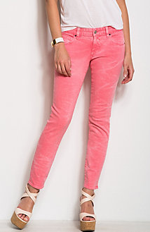 J22 - Sun-Washed Legging Jean