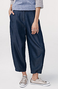 Pleat Cropped Trouser