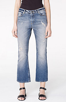 Distressed Crop Flare Jean