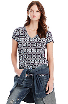 Graphic Button Back Tee