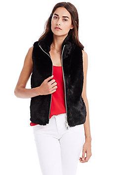 Ribbed Faux Fur Vest