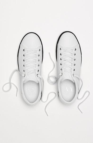Low-Top Triple Sneaker